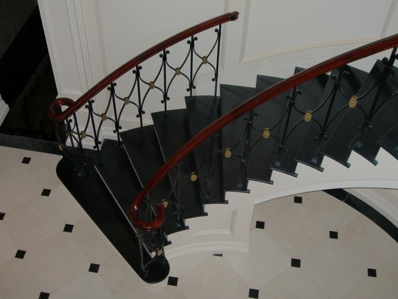 Commercial Residential Ornamental Metal Work Post Road Iron